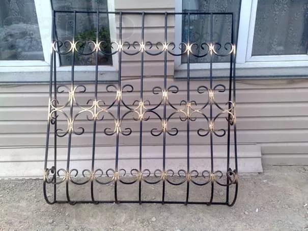 Сколько стоит сварить решетки на окна?